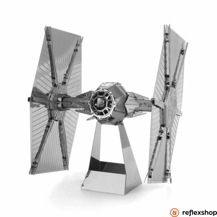 Metal Earth Star Wars TIE Fighter ?rrepül?